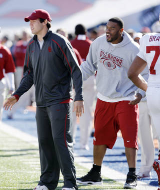 Sam Bradford and Jermaine Grisham celebrate after a touchdown during the first half of the Brut Sun Bowl college football game between the University of Oklahoma Sooners (OU) and the Stanford University Cardinal on Thursday, Dec. 31, 2009, in El Paso, Tex. Photo by Steve Sisney, The Oklahoman