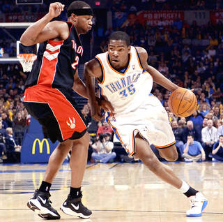 Kevin Durant, right, and the Thunder can clinch a spot in the NBA playoffs with a win tonight in Dallas. PHOTO BY JOHN CLANTON, THE OKLAHOMAN