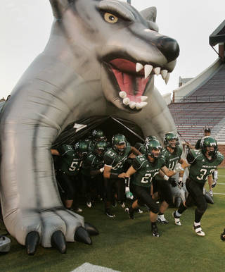 Norman North brings back just one offensive and three defensive starters. Photo by Steve Sisney, The Oklahoman Archive