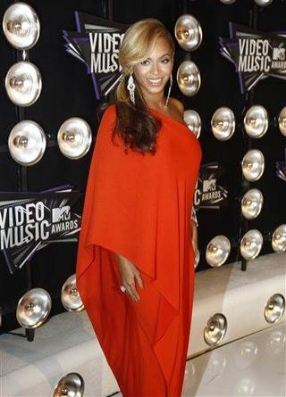 Beyonce arrives at the MTV Video Music Awards on Sunday Aug. 28, 2011, in Los Angeles. (AP Photo/Matt Sayles)