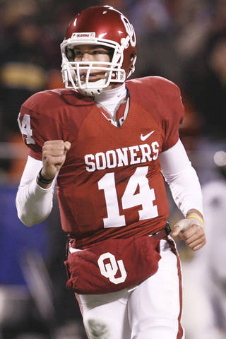 Former OU quarterback Sam Bradford will have his pro day today in Norman. PHOTO BY NATE BILLINGS, THE OKLAHOMAN ARCHIVE