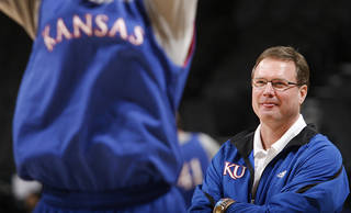 OKLAHOMA CITY REGIONAL / NCAA TOURNAMENT/ COLLEGE BASKETBALL: University of Kansas coach Bill Self watches his Jayhawks run drills during practice and press conference day of the NCAA Men's first and second round basketball tournament at the Ford Center on Wednesday, March 17, 2010, in Oklahoma City, Okla. Photo by Chris Landsberger, The Oklahoman ORG XMIT: KOD