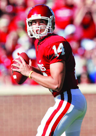 OU QB Sam Bradford (Photo by Chris Landsberger, The Oklahoman Archive)