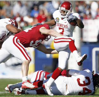 Running back DeMarco Murray announced last week he is returning to OU for his senior season. PHOTO BY CHRIS LANDSBERGER, THE OKLAHOMAN