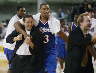 Maz Trakh, right, is the newest Oklahoma City Thunder assistant coach. AP PHOTO