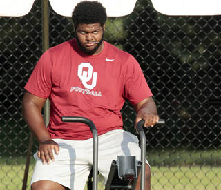 Defensive tackle Jordan Phillips played well Saturday despite limited snaps. Photo by Steve Sisney, The Oklahoman