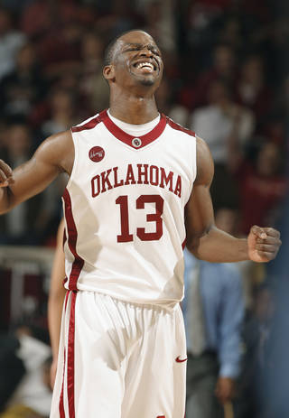 OU guard Willie Warren might miss Wednesday's game against Iowa State with an ankle injury. Photo by Steve Sisney, The Oklahoman
