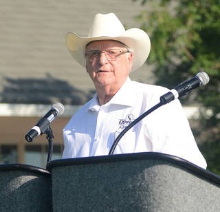 Bob Funk address the attendees. Photo by David Faytinger, for the Oklahoman