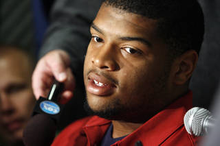 Trent Williams addresses the media before Bob Stoops press conference at Gaylord Family -- Oklahoma Memorial Stadium on the campus of The University of Oklahoma on Tuesday, Oct. 13, 2009, in Norman, Okla. Photo by Steve Sisney, The Oklahoman