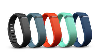 Fitbit Inc. has stopped sales of its $130 Force wristband and is recalling it after the gear caused rashes for some users.