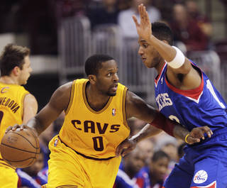 C.J. Miles could be a great fit for the Thunder, says Darnell Mayberry. (AP Photo/Jay LaPrete)