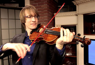Musician Kyle Dillingham plays the fiddle. Photo by David McDaniel, The Oklahoman