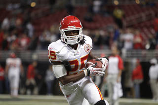 Kansas City Chiefs running back Jamaal Charles (25) warms up before the start of an NFL football game between the Kansas City Chiefs and St. Louis Rams Sunday, Dec. 19, 2010, in St. Louis. (AP Photo/Jeff Roberson)