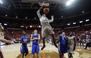 San Diego State's Jamaal Franklin dunks during the second half of a Mountain West Conference tournament NCAA college basketball game on Wednesday, March 13, 2013, in Las Vegas. San Diego State defeated Boise State 73-67. (AP Photo/Isaac Brekken)