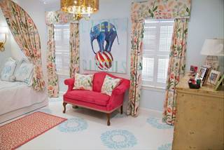This undated image provided by Gregg Irby Fine Art shows the floor that Atlanta artists, Nancy B. Westfall painted in her daughter's room. (AP Photo/Gregg Irby Fine Art)