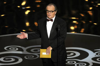 Actor Jack Nicholson presents the award for best picture during the Oscars at the Dolby Theatre on Sunday Feb. 24, 2013, in Los Angeles. (Photo by Chris Pizzello/Invision/AP)
