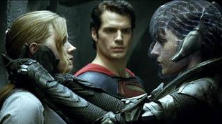 """(L-r) AMY ADAMS as Lois Lane, HENRY CAVILL as Superman and ANTJE TRAUE as Faora-Ul in Warner Bros. Pictures' and Legendary Pictures' action adventure """"MAN OF STEEL,"""" a Warner Bros. Pictures release."""