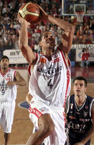 Thabo Sefolosha played in the 2006 Italian League playoffs in his only season with Angelico Biella. AP photo