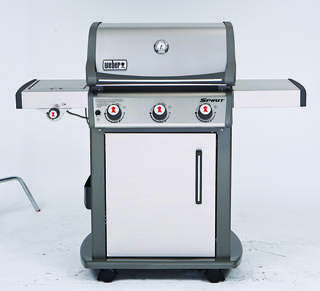 In Consumer Reports' recent gas grill tests, the Weber Spirit SP-320 preheated quickly and evenly.