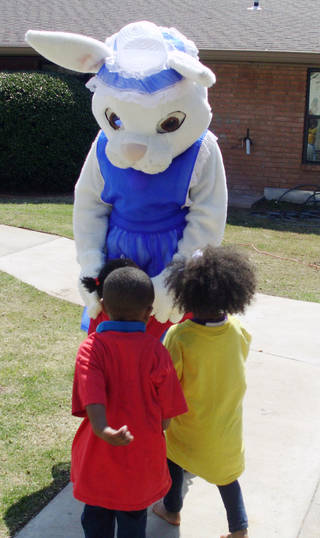 Oklahoma City preschoolers joined Grace Living Center NE 21st residents last week for an Easter egg hunt and visit with the the Easter Bunny. PHOTO PROVIDED BY GRACE LIVING CENTER PROVIDED