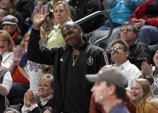 Desmond Mason waves to the crowd during the NBA game between the Oklahoma City Thunder and Golden State Warriors, Sunday, 31, 2010, at the Ford Center in Oklahoma City. Photo by Sarah Phipps