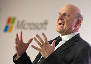 epa03834543 (FILE) A file photograph dated 08 November 2012 shows Steve Ballmer, CEO of Microsoft, talking during the unveiling of the project 'Schlaumaeuse' (Clever Mice) in Berlin,Germany. Microsoft on 23 August 2013 announced that Ballmer plans to retire from his office within the next 12 months. EPA/MICHAELKAPPELER *** Local Caption *** 50588709 ** Usable by LA Only **