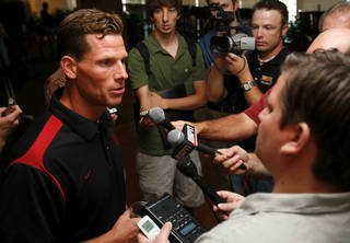 OU FOOTBALL: Assistant head football coach and defensive coordinator Brent Venables talks to the media during Bob Stoops' weekly media lunch and press conference at the University of Oklahoma in Norman, Oklahoma on Tuesday August 26, 2008. BY STEVE SISNEY, THE OKLAHOMAN