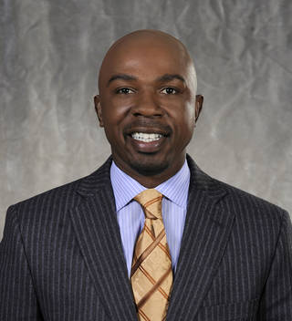 NCAA Basketbal Analyst Greg Anthony. Photo: Jeffrey R. Staab/CBS a?©2009 CBS Broadcasting Inc. All Rights Reserved