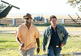 "Denzel Washington, left, and Mark Wahlberg in a scene from ""2 Guns."" UNIVERSAL PICTURES PHOTO Patti Perret"