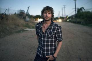 Dierks Bentley. Photo by James Minchin III.