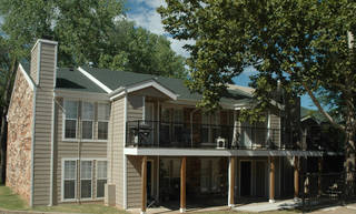 Brokers with CB Richard Ellis-Oklahoma handled the sale of Spring Creek Apartments, 777 E 15th St. in Edmond, earlier this year. PHOTO PROVIDED