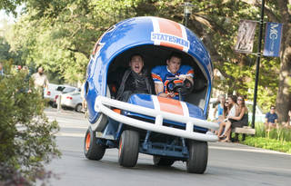 """Jonah Hill, left, and Channing Tatum star in Columbia Pictures' """"22 Jump Street."""" AP Photo/Sony Pictures, Glen Wilson Glen Wilson - AP"""