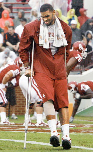 Oklahoma tight end Jermaine Gresham will enter the 2010 NFL Draft. Photo by Chris Landsberger, The Oklahoman