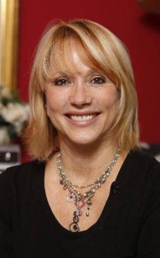 Cyndy Hoenig is senior partner of Pure PR.