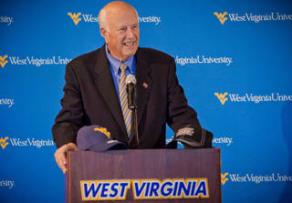 Big 12 Conference Interim Commissioner Chuck Neinas speaks during a press conference to announce West Virginia's entrance into the conference Tuesday, Nov. 1, 2011, in Morgantown, W.Va. (AP Photo/David Smith) ORG XMIT: WVDS106