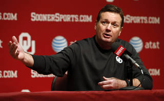 Bob Stoops talks with the press before the start of Spring Football at the University of Oklahoma (OU) on Thursday, March 7, 2013 in Norman, Okla. Photo by Steve Sisney, The Oklahoman