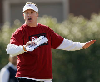 COLLEGE FOOTBALL: Defensive coordinator Mike Stoops give directions during spring football practice for the OU Sooners on the campus of the University of Oklahoma in Norman, Okla., Monday, March 5, 2012. Photo by Nate Billings, The Oklahoman