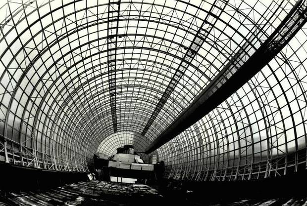 By June 1984, rows and rows of circular designs could be seen as the tube construction progressed. [Photo by Roger Klock, The Oklahoman Archives]