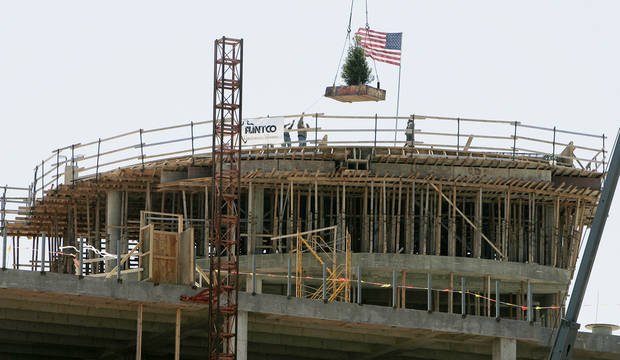 May 12, 2008: Norman Regional Healthplex held their topping out ceremony. [Photo by Jaconna Aguirre, The Oklahoman Archives]