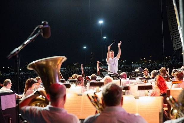 Maestro Alexander Mickelthwate conducts the Oklahoma City Philharmonic in concert. The orchestra will perform the finale of the three-day Scissortail Park Grand Opening Weekend. [Photo provided]