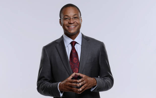 photo - FOX College Football & NFL on FOX Play-by-Play Announcer: Gus Johnson. PHOTO PROVIDED