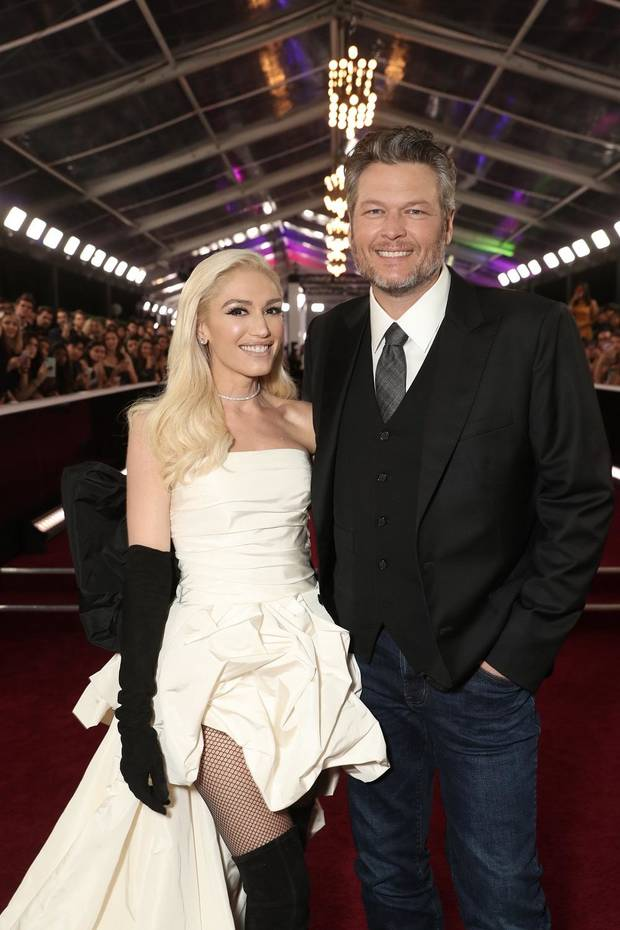 Gwen Stefani and Blake Shelton arrive at the 2019 E! People's Choice Awards held at the Barker Hangar on November 10, 2019. [Photo by Todd Williamson/E! Entertainment]