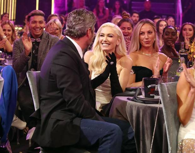 Blake Shelton and Gwen Stefani appear during the 2019 E! People's Choice Awards at the Barker Hangar on November 10, 2019. [Photo by Christopher Polk/E! Entertainment]