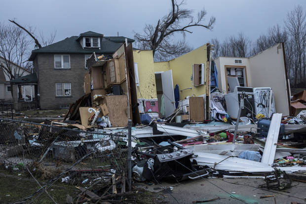 Tornado damage is seen in Naplate, Ill., on Wednesday, March 1, 2017. Communities across Illinois are cleaning up after deadly storms producing tornadoes moved through much of the Midwest. (Zbigniew Bzdak/Chicago Tribune via AP)
