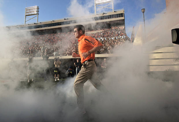 photo - Under Mike Gundy, the Cowboys are in the verge of their fourth 10-win season in 108 years of football, and their first since winning the 1988 Holiday Bowl. Photo by SARAH PHIPPS, THE OKLAHOMAN