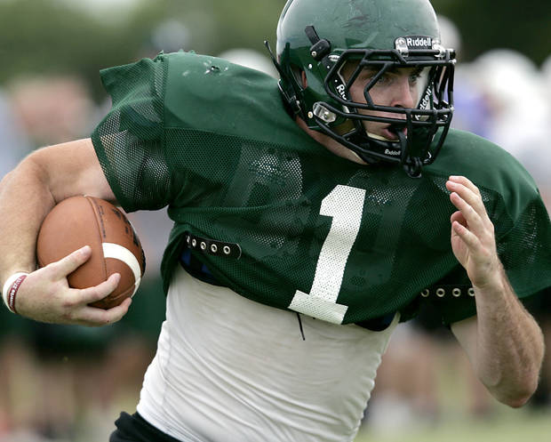 photo - Norman North's Daniel Davis has already locked up a scholarship to Stanford. PHOTO BY JOHN CLANTON, THE OKLAHOMAN