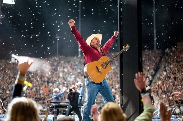 Garth Brooks concert to be shown at 300 drive-in theaters