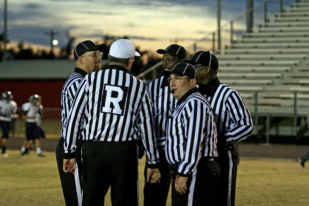 photo - Oklahoma officials will have more to work with this season now that the National Federation of State High School Associations has defined targeting. PHOTO PROVIDED BY MIKE HOWARD
