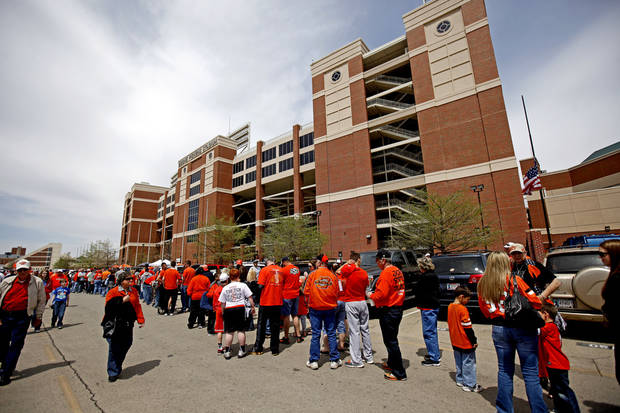 photo - Oklahoma State's fans line up before the OSU spring football game at Boone Pickens Stadium in Stillwater, Okla., Sat., April 20, 2013. Photo by Bryan Terry, The Oklahoman