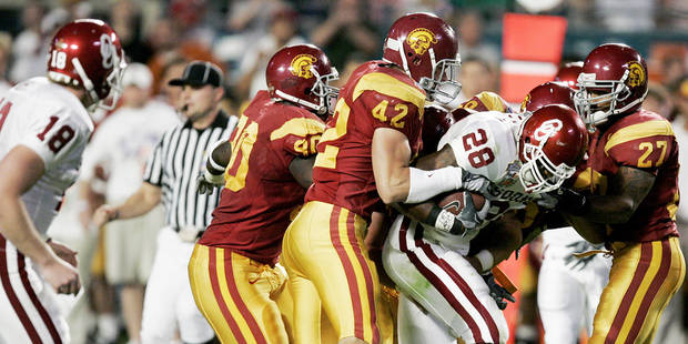 photo - USC, who is No. 1 in the decade's top 25, defeated Oklahoma in the 2005 BCS title game. PHOTO BY BRYAN TERRY, THE OKLAHOMAN ARCHIVE
